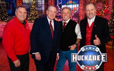 Larry, Steve & Rudy – The Gatlin Brothers Perform on this Weekend's Christmas Edition of HUCKABEE