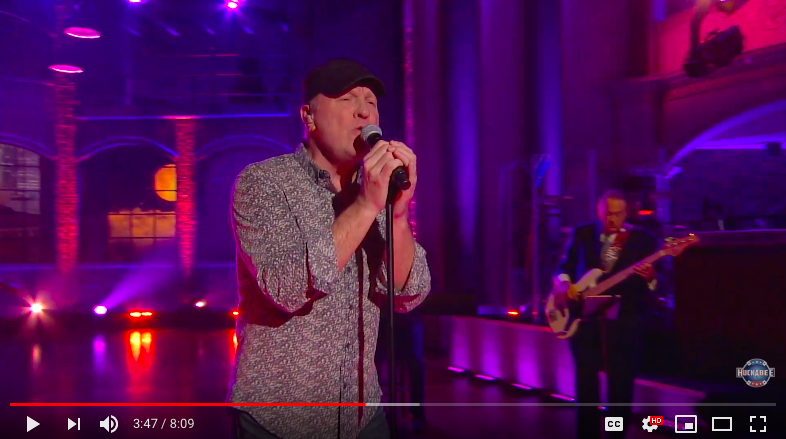 In Case You Missed It: Collin Raye Performs on HUCKABEE